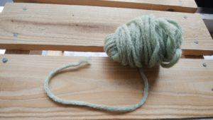 太い毛糸グリーン